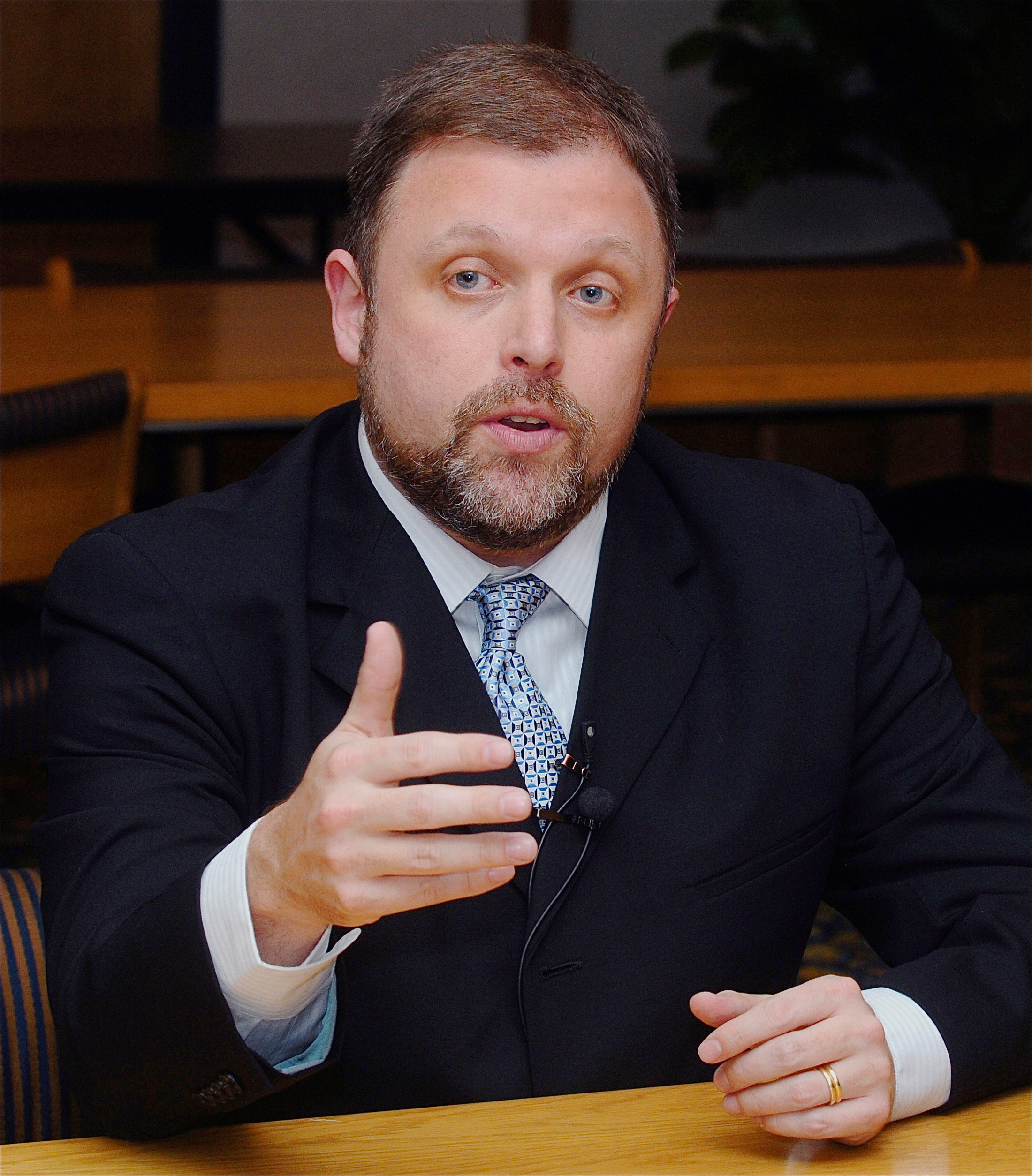 tim wise essay archives Speak out with tim wise is an informative and entertaining podcast aimed at  promoting  one new and two previously available in my 2017 patreon archives   for birmingham-based writer and poet michael harriot — whose essays are.